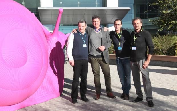 Roberto Pisoni, direttore di Sky Arte HD, con Paolo Sciortino, Kicco ed Alex Angi di Cracking Art Group
