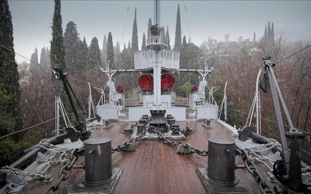 Una nave da guerra al Vittoriale