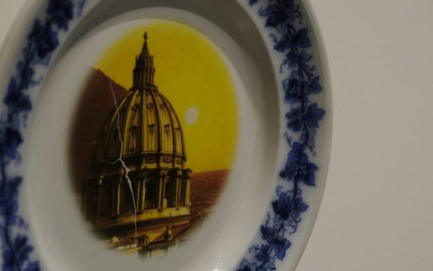 Padiglione Italia, le ceramiche di Flavio Favelli