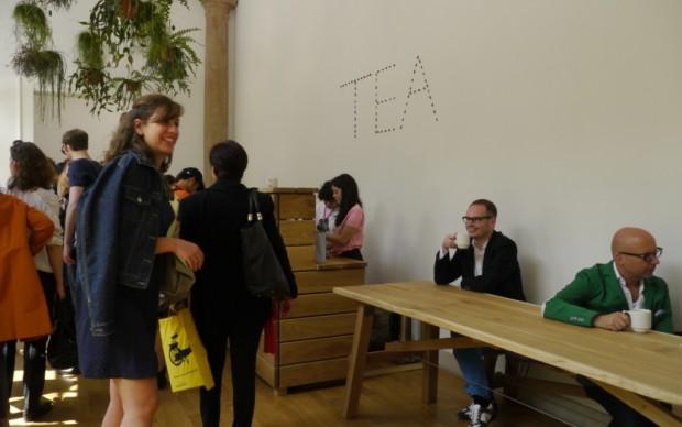 Una tea room nel Padiglione Gran Bretagna