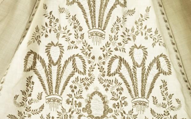 Dettaglio della decorazione di un abito del futuro Edoardo VII, 1841 © Museum of London