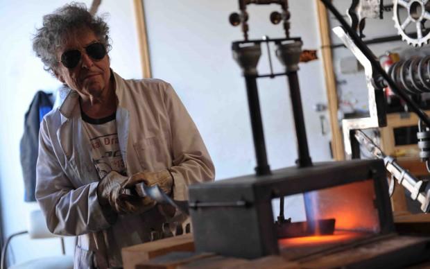 Bob Dylan scultore, settembre 2013 - foto John Shearer