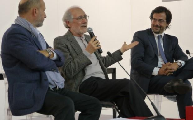 Emilio Isgrò nell'area talk di Artissima