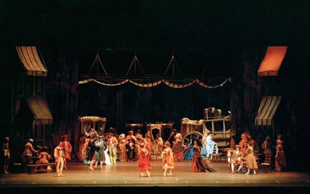 La scenografia della rappresentazione in cartellone alla Scala dal 7 novembre - photo A.Tamoni