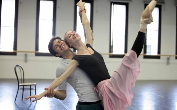 """Roberto Bolle e Svetlana Zacharova provano """"L'histoire de Manon"""" - photo Brescia-Amisano, Teatro alla Scala"""