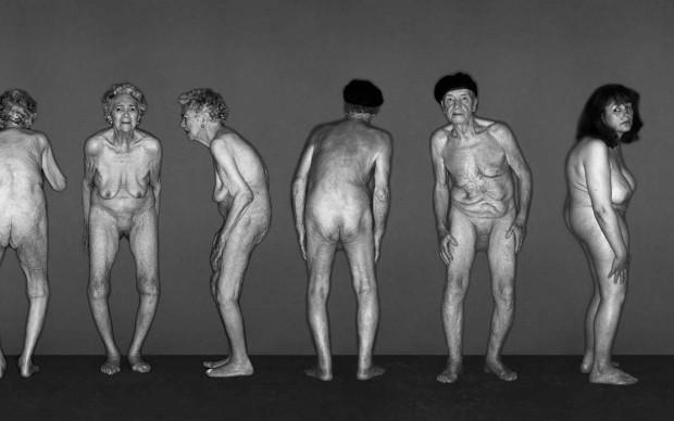 Osteoporosis, 2003 © Oliviero Toscani