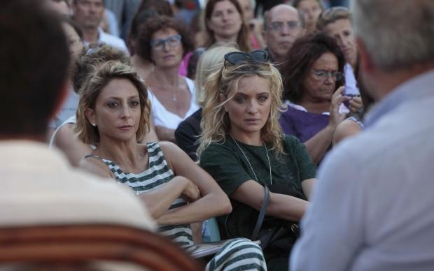 Paola Minaccioni con Carolina Crescentini