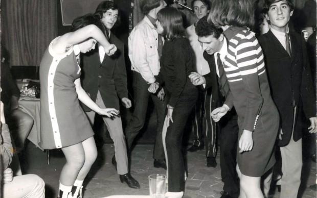 Balli nel locale Paip's negli anni '70 - Archivio privato