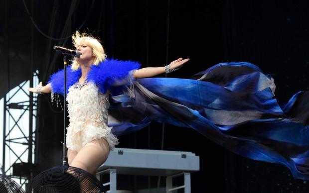 Mia sul palco del Berlin festival - foto Thomas Quack