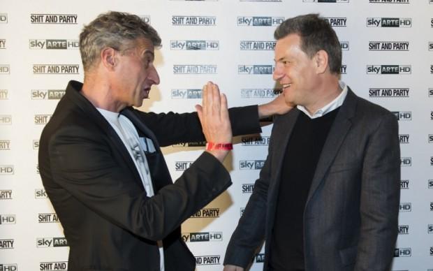 Maurizio Cattelan e il direttore di Sky Arte Roberto Pisoni © Giorgio Perottino