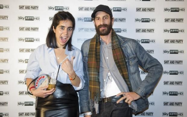 """Myriam Ben Salah, co-curatrice di """"Shit and Die"""" con uno degli artisti in mostra, Davide Balula © Giorgio Perottino"""