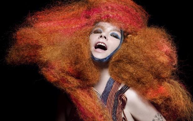 Björk in Biophilia (1)