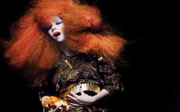Björk in Biophilia (7)