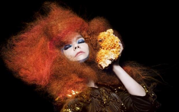 Björk in Biophilia (8)