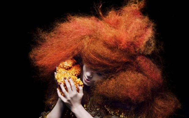 Björk in Biophilia (9)