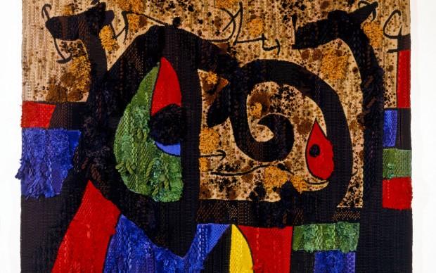Joan Miró, Josep Royo - La lucertola dalle piume d'oro, 1989-1991. Lana, cotone e juta, 190 x 270 cm. Archivo Successió Miró © Successione Miró by SIAE 2014