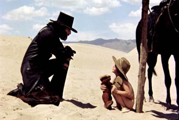 Una scena del film El Topo, diretto e interpretato da Alejandro Jodorowsky