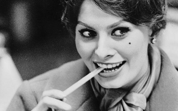 Sophia Loren durante un viaggio nei pressi di Lucerna, 1959