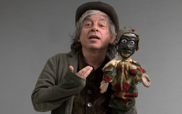 Arlecchino, spettacolo di e con Paolo Rossi al Teatro dell'Arte - Triennale di Milano