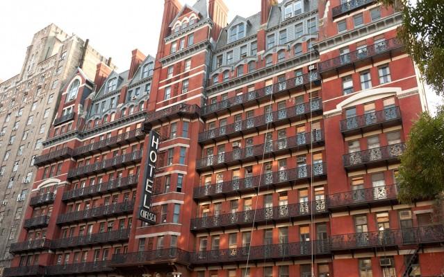 La facciata del Chelsea Hotel di New York