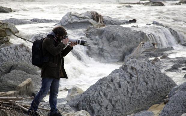 Fondazione Fotografia Modena, esercitazione in esterna per gli studenti
