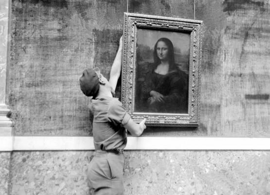 La Gioconda di Leonardo da Vinci viene esposta al Louvre
