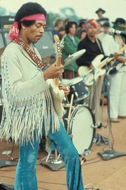 Jimi Hendrix a Woodstock, nel 1969