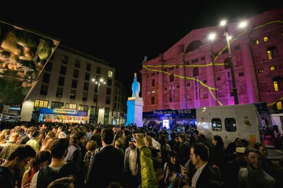 Souvenir di Milano 2015. Piazza Affari, Milano, 15 aprile ® Antinori