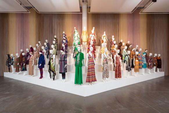 Veduta dell'installazione Le forme della moda, allestita per la mostra al MA*GA con abiti Missoni dal 1953 al 2014. Photo Marco Cappelletti