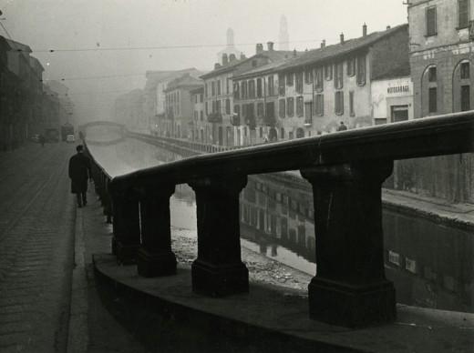 Paolo Monti, Alzaia sul Naviglio Grande, Milano, 1950 circa. Civico archivio fotografico, Archivio Paolo Monti