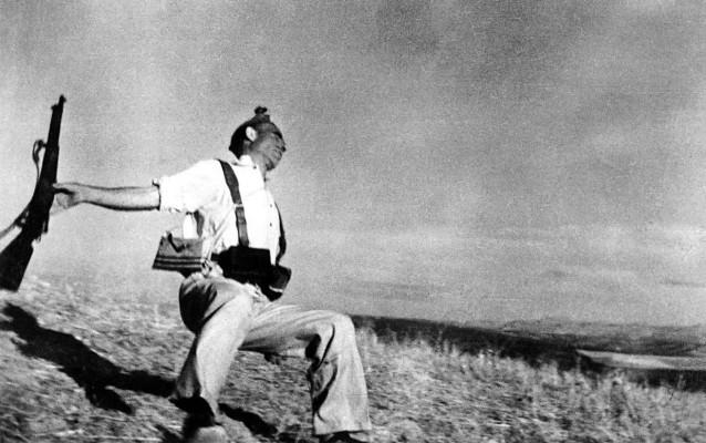robert capa, miliziano morente, 5 settembre 1936
