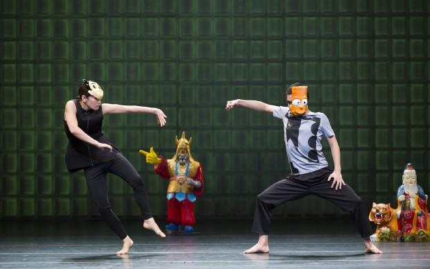 KNCDC -KOREA NATIONAL CONTEMPORARY DANCE COMPANY Bul-Ssang, ph Choi Youngmo