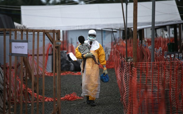 John Moore, Suspect - serie L'epidemia di ebola devasta la capitale liberiana, Iris d'Or ai Sony Photography Awards 2015