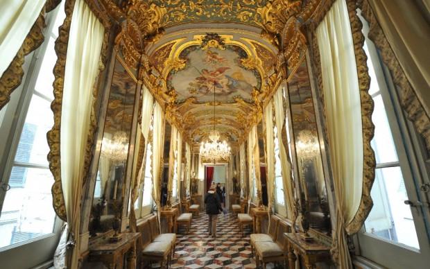 genova, palazzo spinola, pellicceria