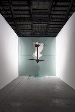 L'opera di Claudio Parmiggiani nella mostra Codice Italia - Padiglione Italia della Biennale d'Arte di Venezia 2015