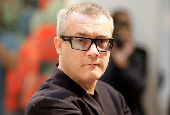 Damien Hirst presso la sede londinese della casa d'aste Sotheby's, nel 2008. Credits: SHAUN CURRY/AFP/Getty Images