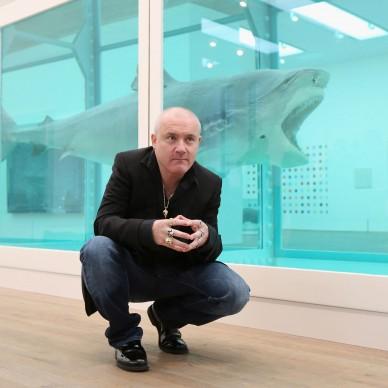 Damien Hirst presenta la sua prima retrospettiva presso la Tate Modern di Londra, nel 2012. Credits: Oli Scarff/Getty Images