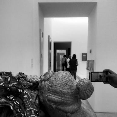 Carla Di Martino (@lazzarifelici),  foto scattata durante #emptyMADRE, Napoli