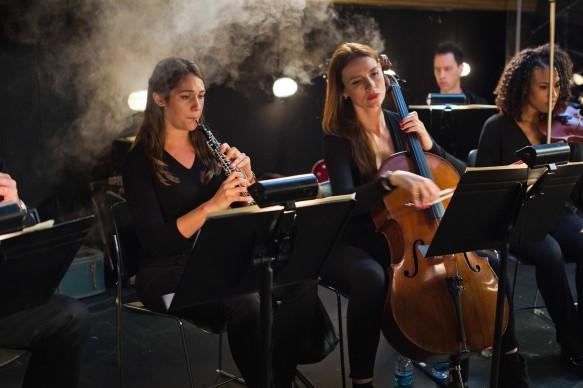Una scena tratta da Mozart In The Jungle, serie tv in onda su Sky Arte HD in prima visione tv