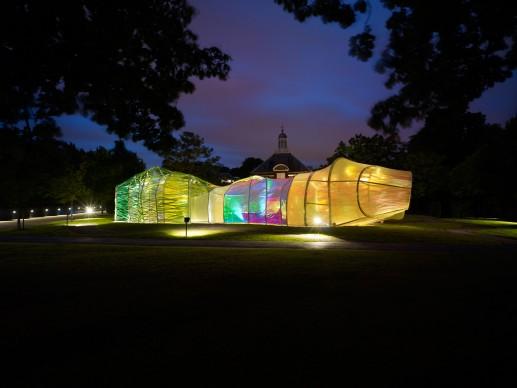 Serpentine Pavilion 2015, progetto di SelgasCano. Foto ©  John Offenbach