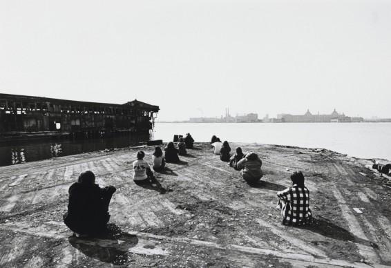 Harry Shunk e János Kender: ROBERT MORRIS, 3 Configurations in Anticipation of the Equinox Sunset, 1971