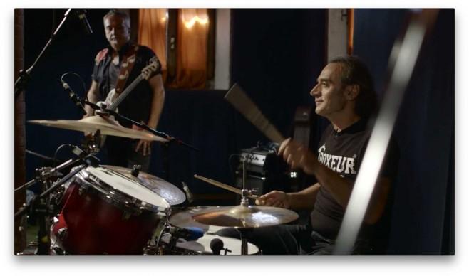 La sezione ritmica della band di Luciano Ligabue, in studio di registrazione