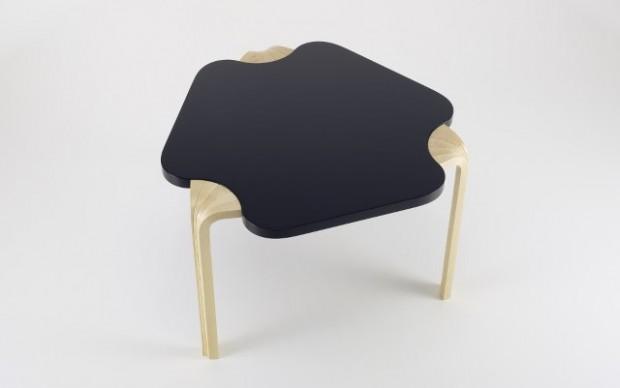 Alvar Aalto Artek_Maison_Carre_Table_photo_MarcEggimann