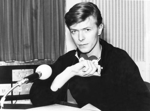 David Bowie negli studi di Radio 1, nel maggio del 1979