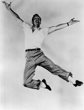 Gene Kelly (Photo by Hulton Archive/Getty Images)