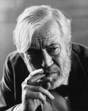 John Huston nel 1972 (Photo by Roy Jones/Evening Standard/Getty Images)