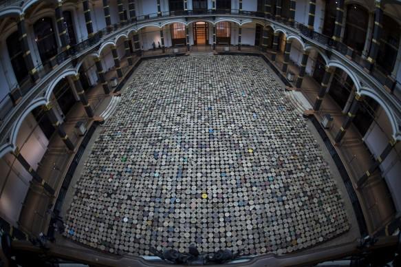 Ai Weiwei, Stools, 2014, Museo Martin-Gropius Bau, Berlino (Photo by JOHANNES EISELE/AFP/Getty Images)