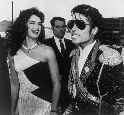 Michael Jackson e Brooke Shields a Los Angeles, nel 1984 (Photo by BERTRAND GUAY/AFP/Getty Images)