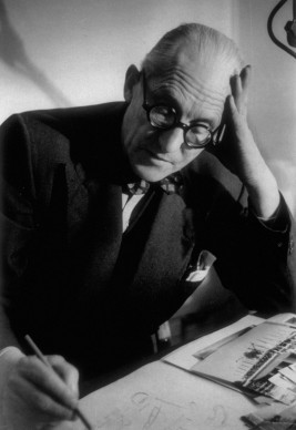 Le Corbusier nel 1949 (Photo by Hulton Archive/Getty Images)