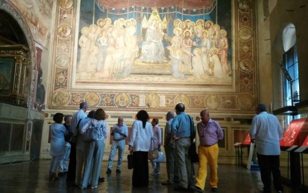Maestà Simone Martini Sala del Mappapondo Siena